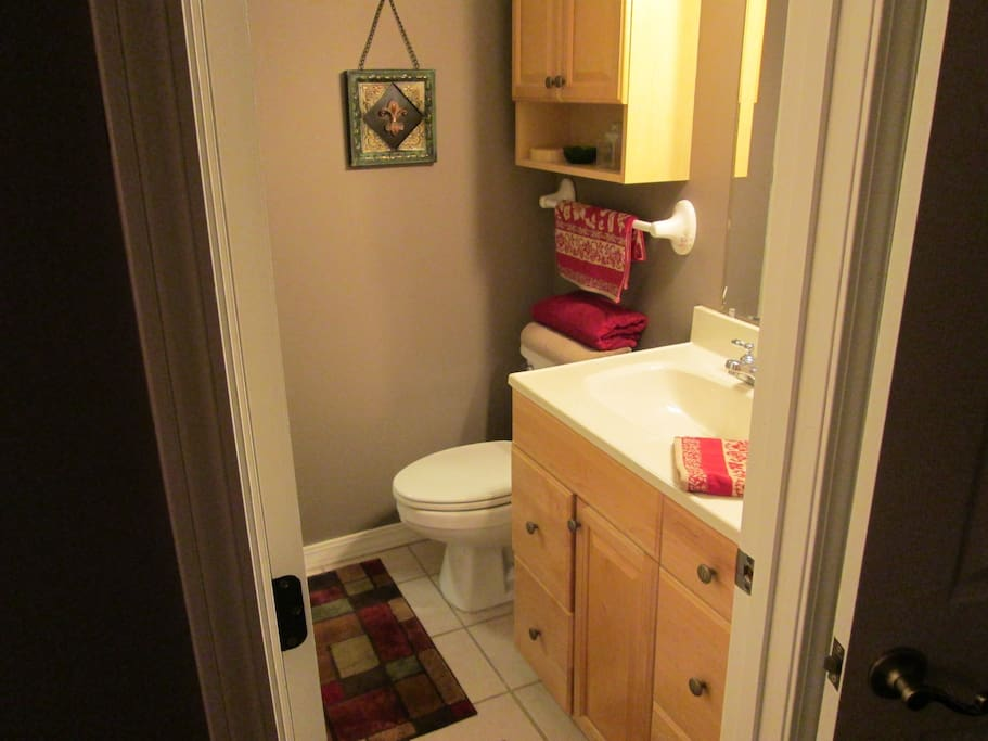 1 Bathroom w/shower & washer/dryer