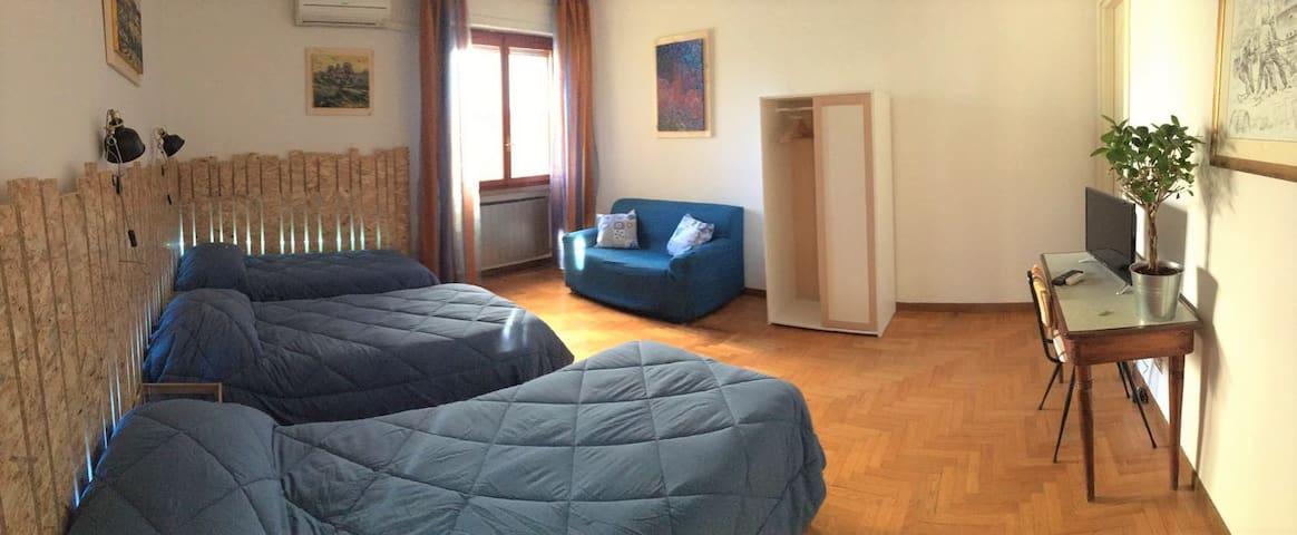 Triple room - ปิซ่า - บ้าน