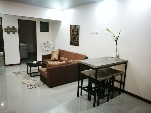 VERY CONVENIENT AND MODERN APARTMENT IN LIMÓN, CR