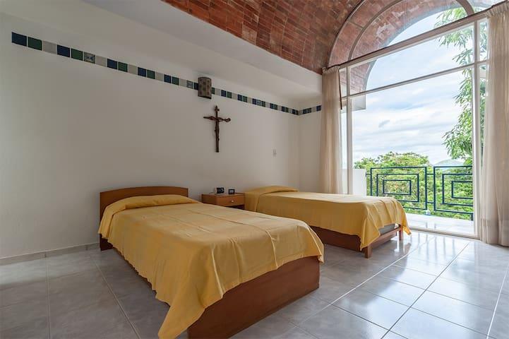 Habitación para 4 personas con baño