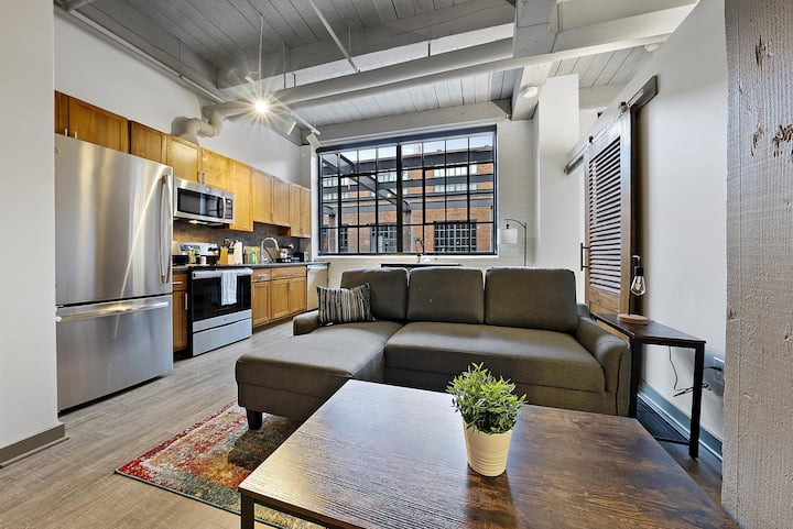 Industrial Loft Apartments in the BEAUTIFUL NEW Superior Building! #214