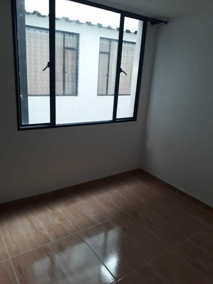 Comoda y central habitación