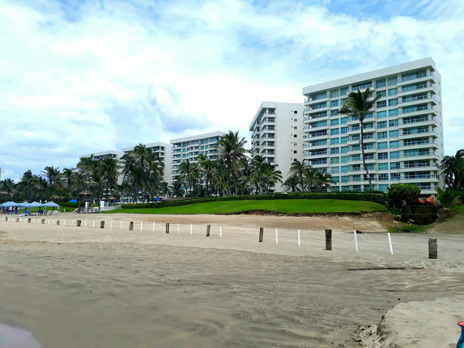 Vista Condominio desde Playa