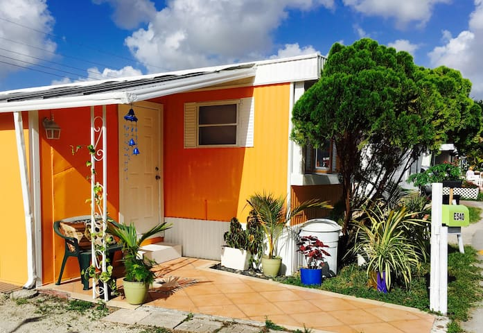 Butterflies house !!! - Miami - Rumah