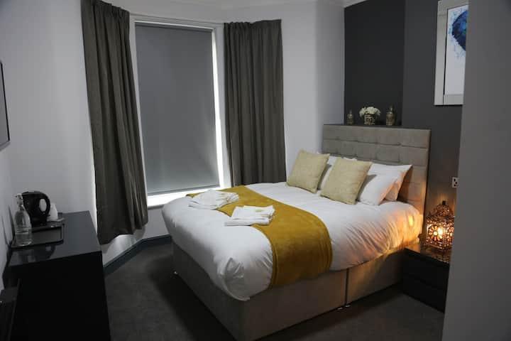 Park City Suites