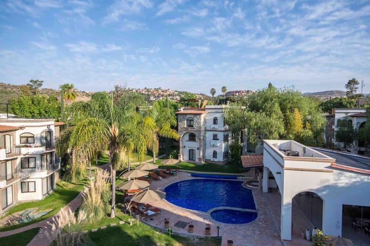 Villa Bonita Condo en PUENTE VIEJO RESIDENCIAL
