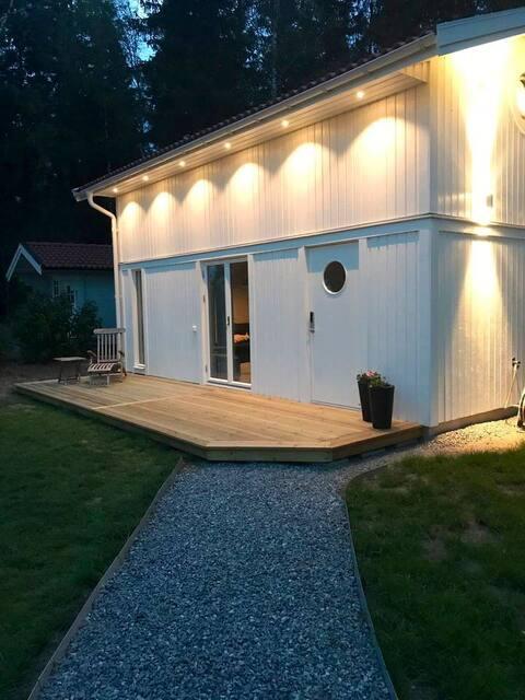 Nytt minihus nær Uppsala og Stockholm.