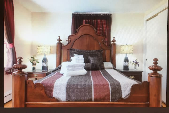 Hyannis,Cape Cod/Beautiful Private Bedroom - Barnstable - Casa