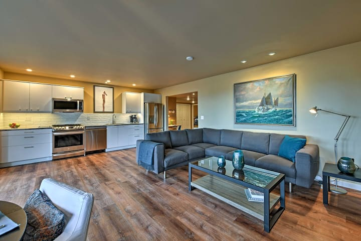 NEW! 2BR Home Near Anacortes w/ Game Room & Views!