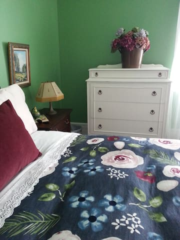 The North Room, a comfy queen bed and breakfast.