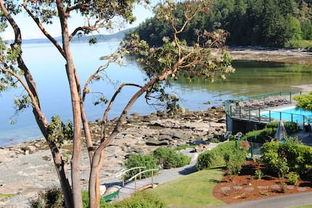 50ft. from the Ocean - Spectacular! - Ladysmith - Kondominium