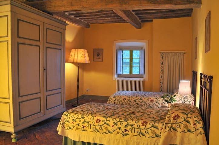 Guesthouse L'Attesa in Tuscany - Querceto - Byt