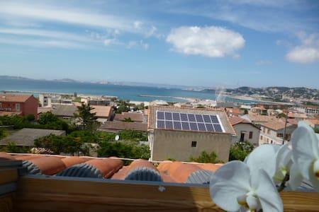 marseille plage ,borely ,vue mer - Marselha - Casa