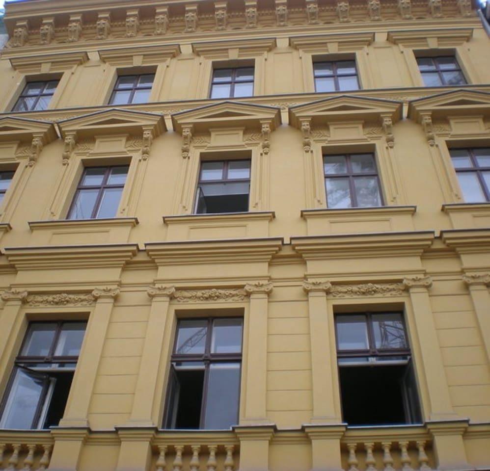 Vladislav Attic Duplex Prague apartment - Building