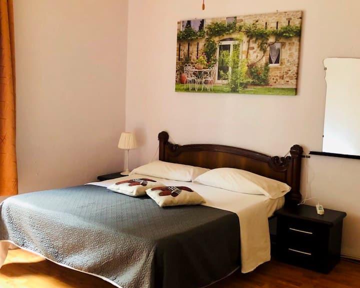 Lina Double room TERMNI-WIFI