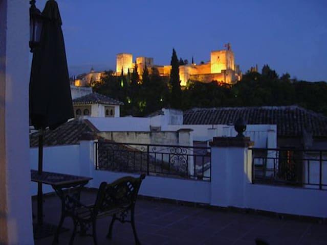 CALLEJON DEL ALBAYZIN APARTAMENTS - Granada - Apartemen