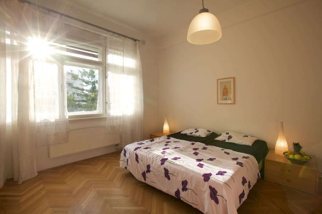 Bedroom, west.