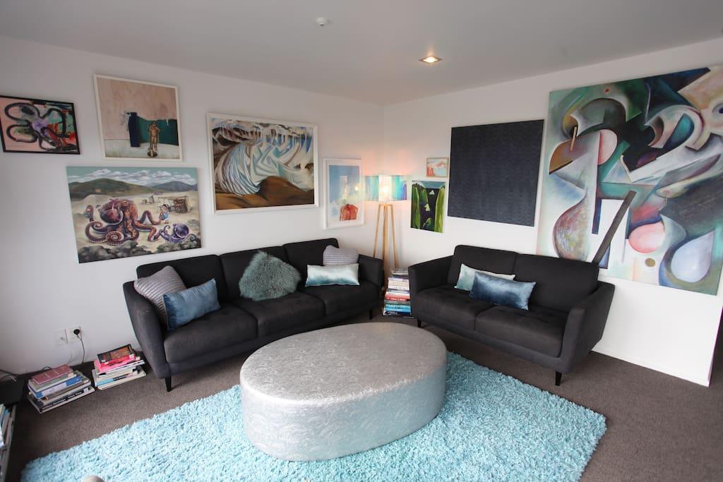 Lounge (open plan)