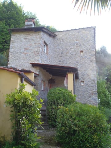 Sir's Retreat - Convalle, Pescaglia - Casa