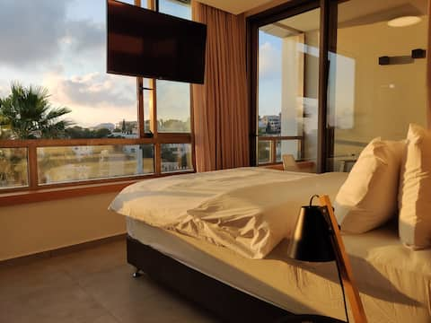 Luxury Suites by Notaly Ariel Flat 14