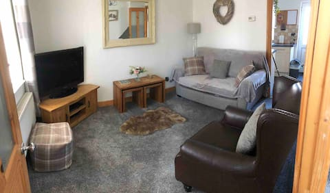 Cosy House with all the home comforts you need.