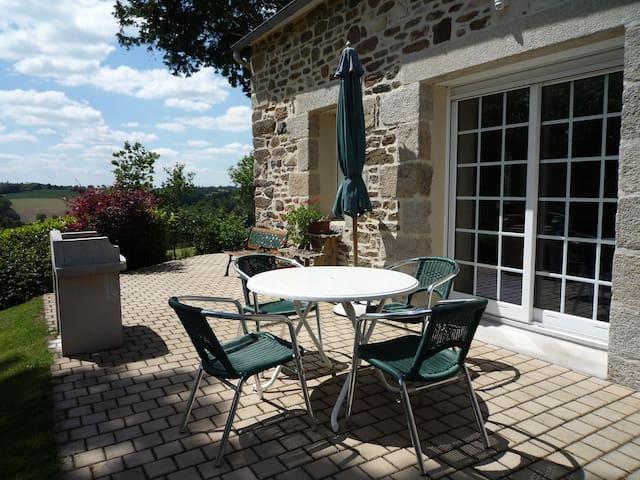 Charmante petite maison bretonne - Scrignac - Ev