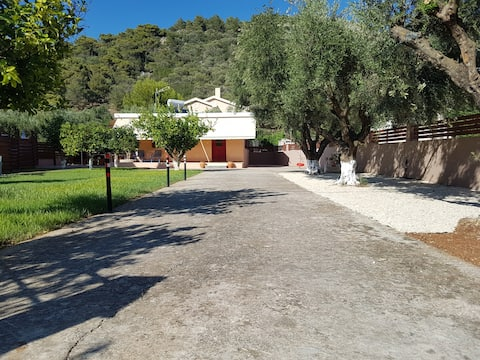 Eleni's Cottage
