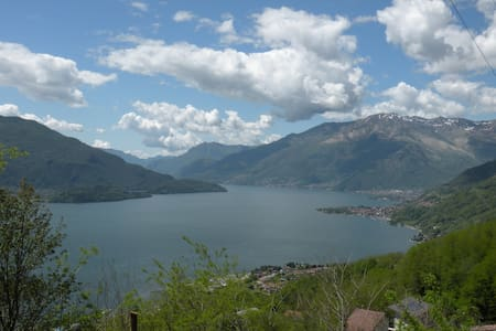 Incredible panorama on Como Lake - Sorico - Byt
