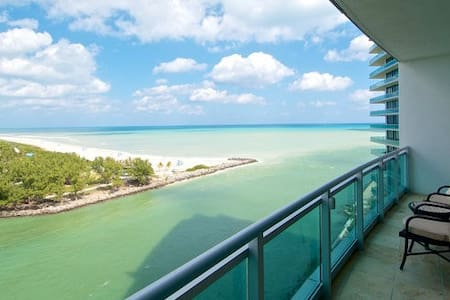 Ritz-Carlton Bal Harbour 2 Bed - Bal Harbour