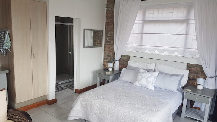 Affordable Private Cottage D/Bed  in Hartenbos