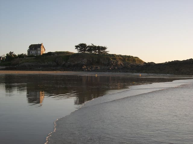 Sur la plage en Bretagne