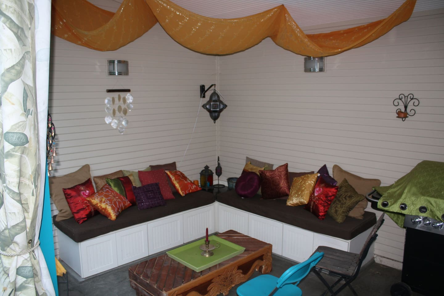Relax in our Moroccan-themed backyard lounge- perfect for entertaining or relaxing with a drink. Outdoor stereo hooked up.
