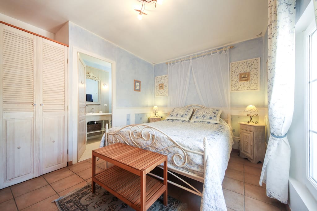 B b roussillon luberon vaucluse chambres d 39 h tes for Chambre d hote vaucluse
