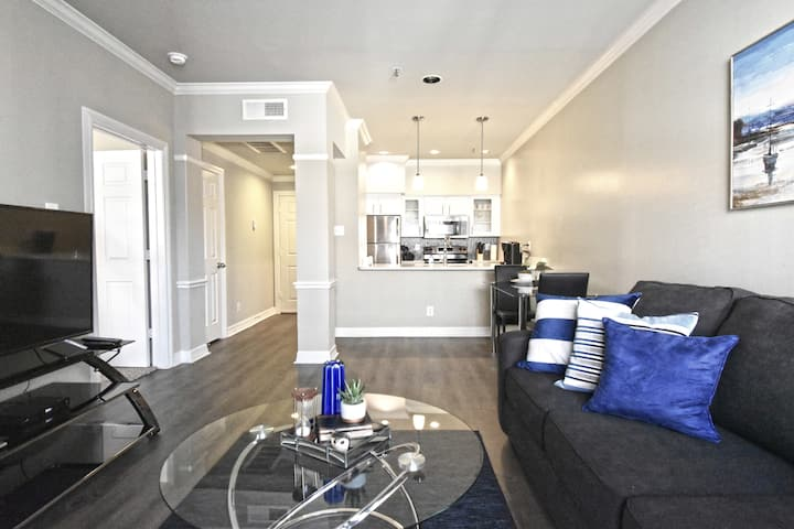 Corporate 1Br Uptown Dallas+Parking