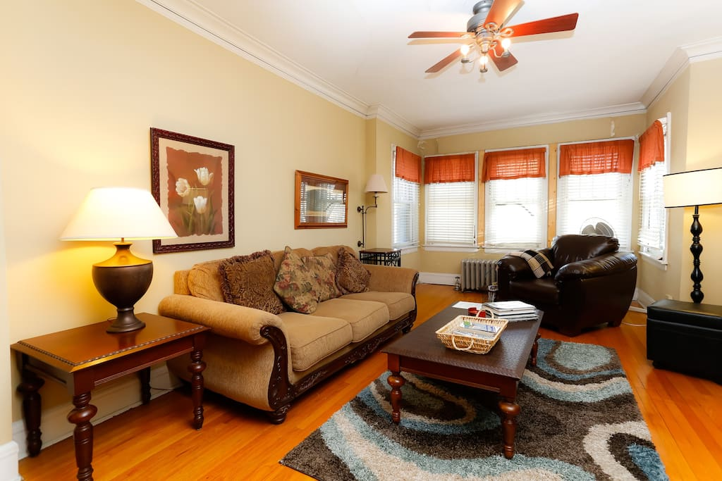 Wrigley Beautiful 3 Bedroom Wl3 Apartments For Rent In Chicago Illinois United States