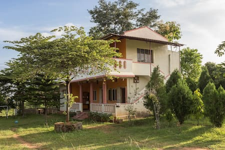 Farmhouse b/w Bangalore & Mysore!!!
