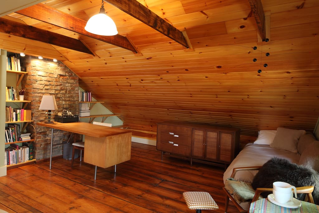 Private room bath parking yard houses for rent in for Rhode island bath house
