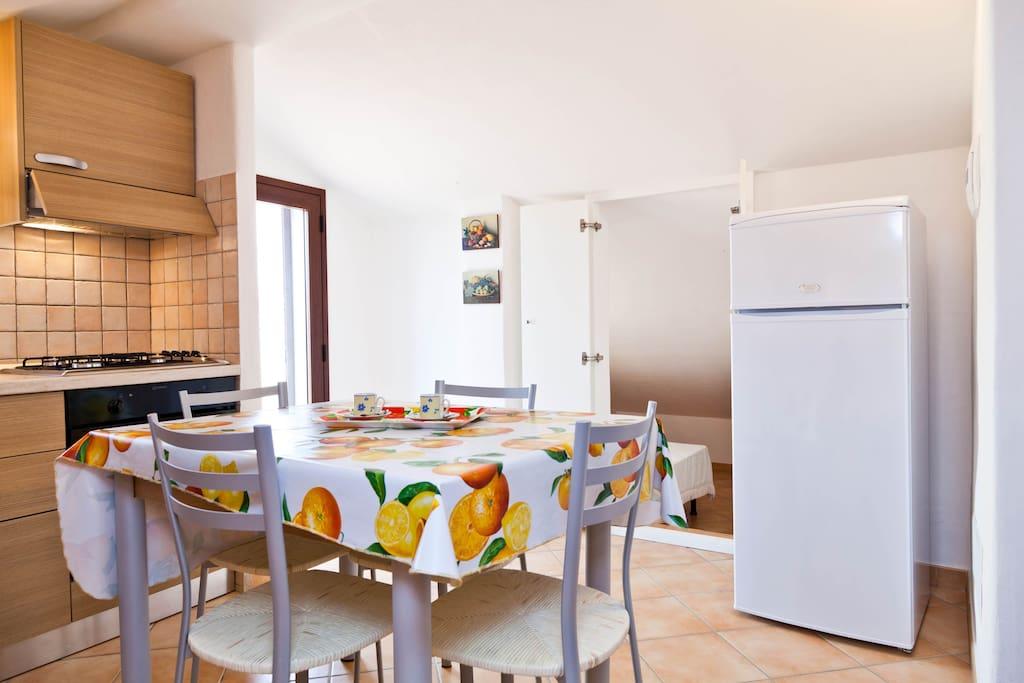 Mansarda vista mare san teodoro appartamenti in affitto for Appartamenti san teodoro privati