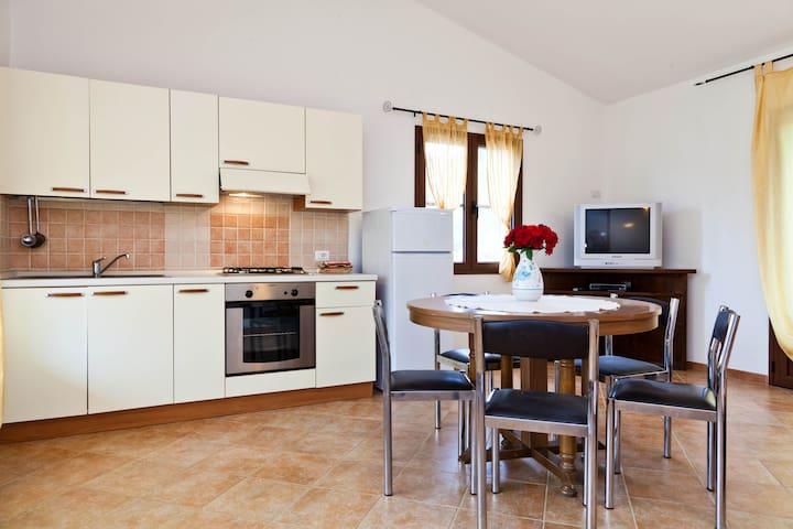Appartamento a  SAN TEODORO - Sitagliacciu - Flat