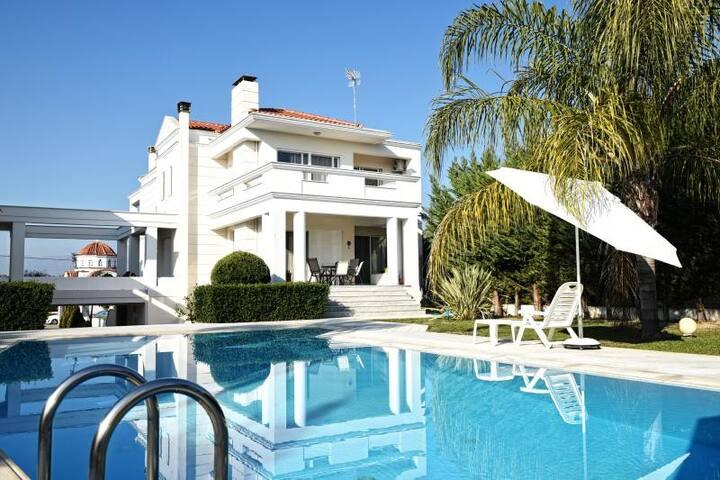 Μesogios- Villa Katiana