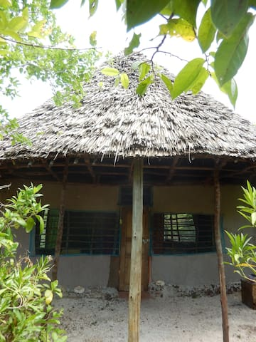 Banda Porini - Bush Hut on Wasini Island