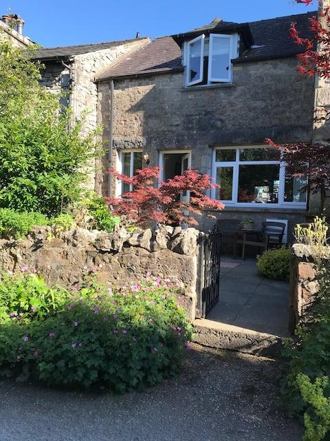 Mews Cottage,Arnside,Lakeland and Coastal Retreat