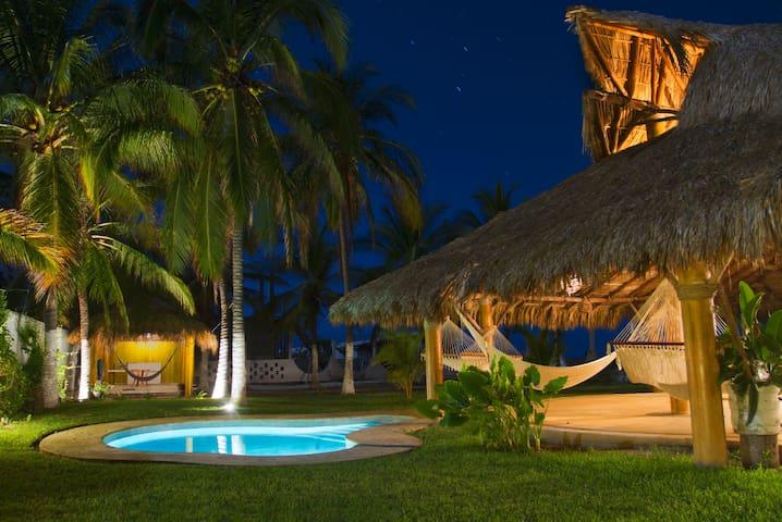 Casa de descanso frente al mar - Acapulco