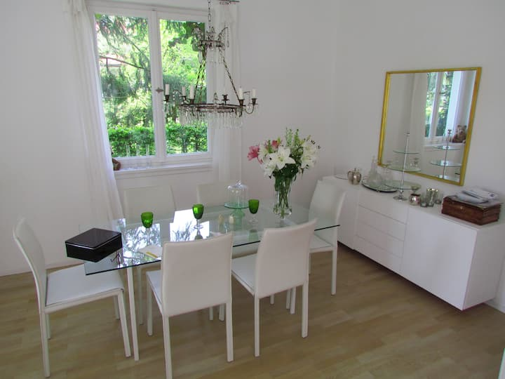 1. Room in a appartement