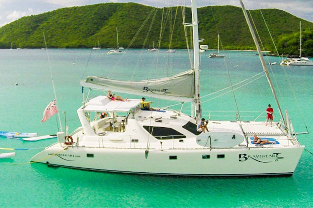 Braveheart Crewed Catamaran Yacht Boats For Rent In