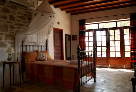 Traditional studio, farm holidays - Syros
