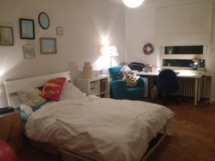 gem tliches wg z mmer wohnungen zur miete in d sseldorf. Black Bedroom Furniture Sets. Home Design Ideas