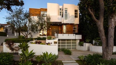 Villa WEHO Elegance