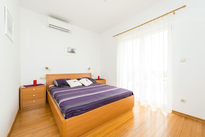Comfort room in Villa Elza 3 - Orasac - Hus