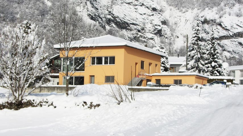 Alpine Apartment in Switzerland - Blenio - Daire